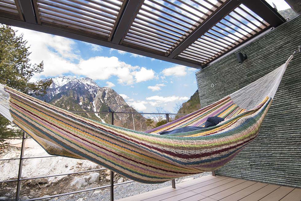 自然と共存する客室