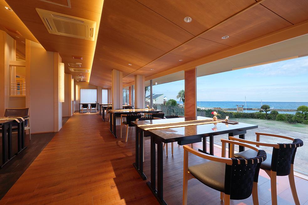 海と料理と開放感とたまに館山色